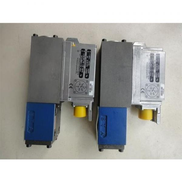 REXROTH 4WE 10 P3X/CG24N9K4 R900500716 Directional spool valves #1 image
